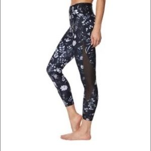 Betsey Johnson floral leggings